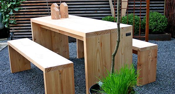 outdoor m bel aus heimischem l rchenholz. Black Bedroom Furniture Sets. Home Design Ideas